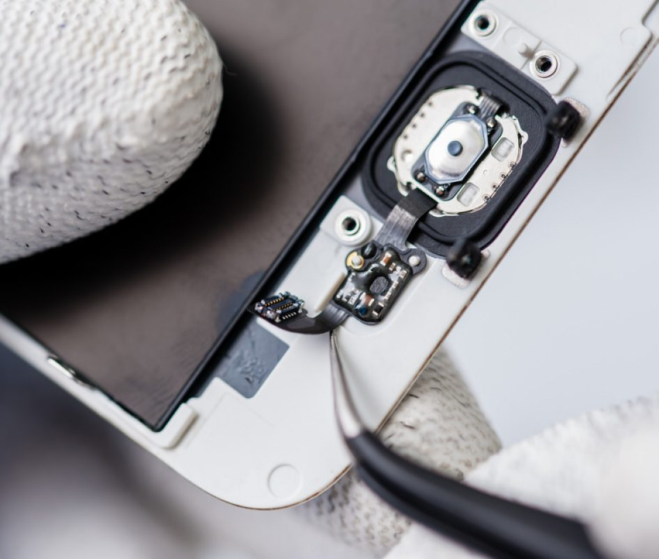 Specialist in Mobile Device Repairs